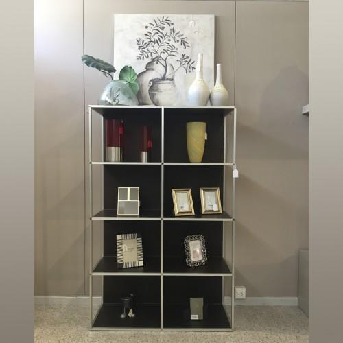 Timeless bookshelf