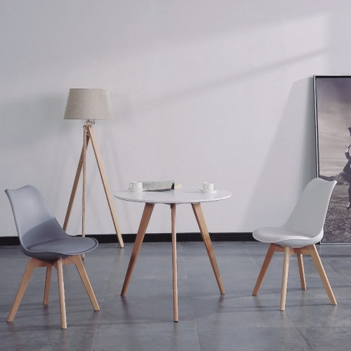 Nordic style round table