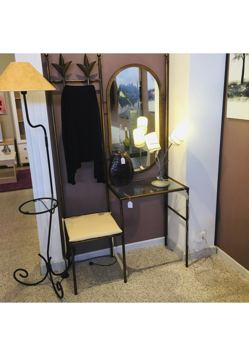 Entryway unit